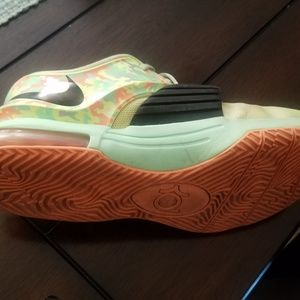 Nike Shoes - KD 7 Easter